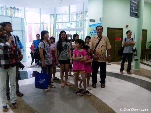 visitors-02-znm-140628-1